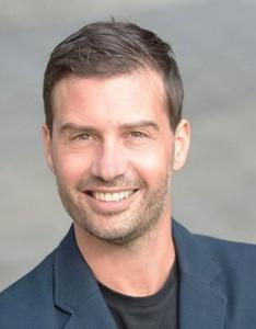 Prof. (FH) Dr. Roman Egger